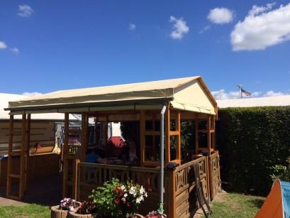 Gartenhütte Seitnverkleidung und Dach